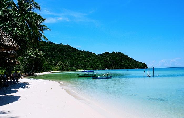 Vẻ đẹp thơ mộng và đầy quyến rũ bên những bãi biển Phú Quốc