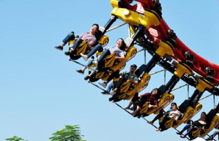 Nhiều trò chơi mạo hiểm thu hút khách du lịch