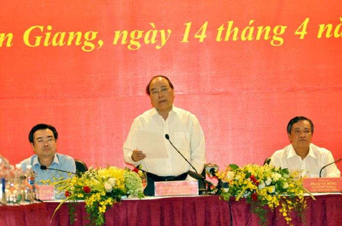 Thủ tướng tới thăm và làm việc tại tỉnh Kiên Giang