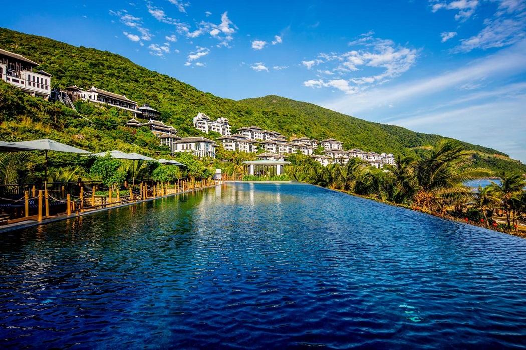 """InterContinental Danang Sun Peninsula Resort được vinh danh là """"Khu nghỉ dưỡng sang trọng nhất thế giới"""" năm 2014"""